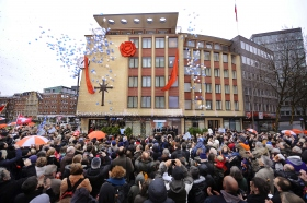 On January 21, 2012, the Church of Scientology Hamburg celebrated the opening of their fully transformed home at Domstrasse 9 in Altstadt, the center of Hamburg's historic district.