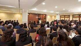 Kapellet i Mexicos nya Scientologi-organisation betjänar församlingsmedlemmar och gäster för söndagsbetraktelser, vigslar, namngivningsceremonier och andra församlingssammankomster.