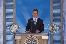 David Miscavige, styrelseordförande för Religious Technology Center och Scientologi-religionens kyrklige ledare, förrättade invigningen av den nya Scientologi-kyrkan och Celebrity Centre Las Vegas.