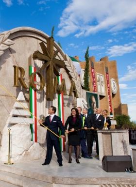 David Miscavige ledde invigningsceremonin vid öppnandet av den nya Scientologi-kyrkan i Rom, i sällskap med kyrkans verkställande direktör och dignitärer, vilket innebär den största expansionen under Scientologins 30 år i Italien.