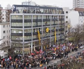 Den 13 januari 2007 kom tusentals scientologer, tillsammans med gäster från FN, den amerikanska ambassaden och europeiska nyhetsorganisationer, för att delta i den historiska invigningen av Scientologi-kyrkan i Berlin.